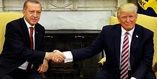 Trump ile Erdoğan Görüşmesinde Gündem Tokalaşma