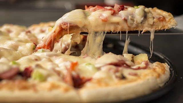2021/04/1617645988_pizza.jpg