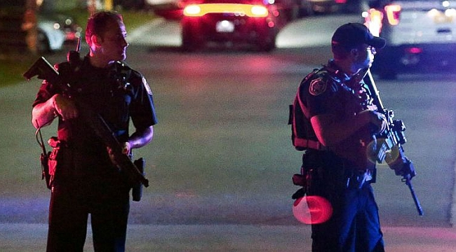 6 police officers shot in 3 US cities Friday night; 2 dead
