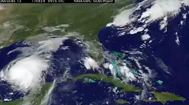 Kasırga Teksas'a İlerliyor
