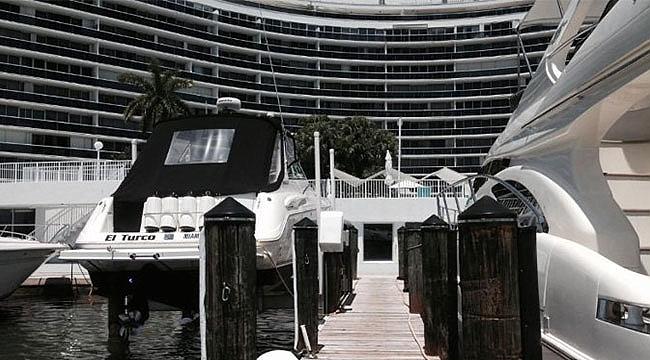 Miami'de Dairesini ve Yatını Satılığa Çıkardı
