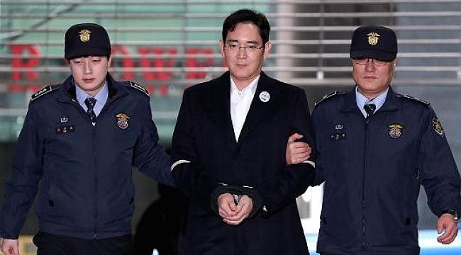 Samsung'un Patronu Jay Lee'ye 5 Yıl Hapis