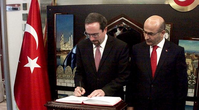 ABD Büyükelçisi John Bass Adana'da