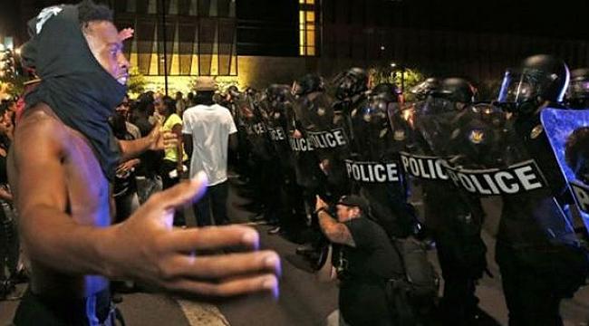 ABD'de polis şiddeti protestosu