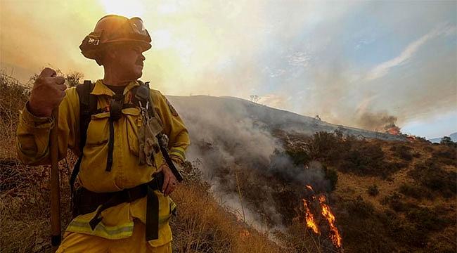 Los Angeles'ta Büyük Orman Yangını