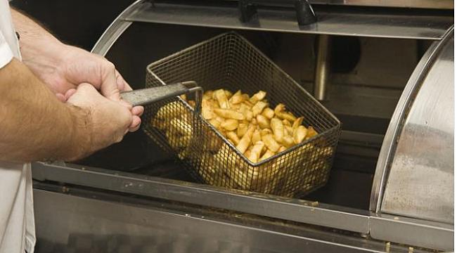 Ünlü fast food zinciri çalışanından 'patates' itirafı