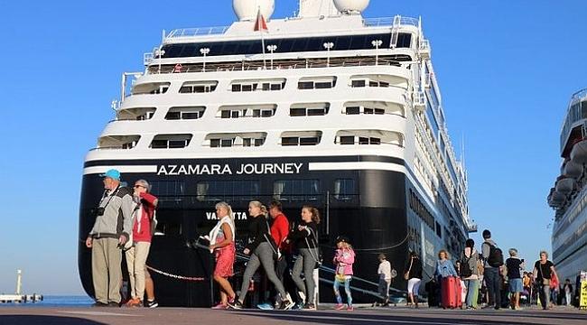 ABD'li turistler, Landing kartla Türkiye'ye girdi