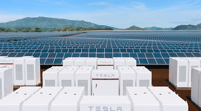 Tesla eyes hurricane-ravaged Caribbean, could shape power grids