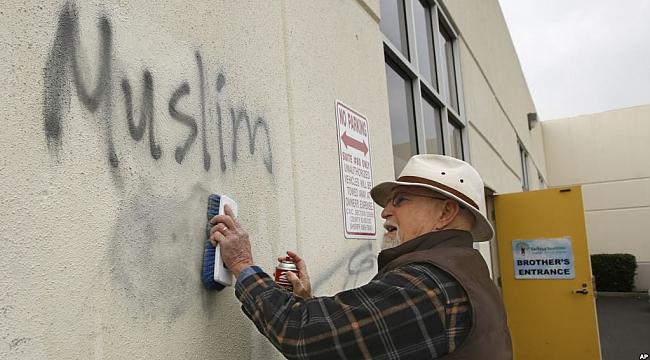 Amerika'da Nefret Suçu Artıyor