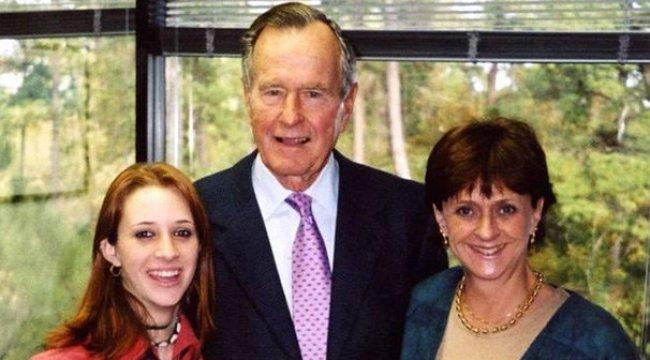 'Baba Bush beni 16 yaşımdayken taciz etmişti'