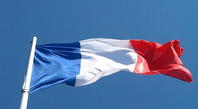 Fransa'da OHAL Sona Erdi