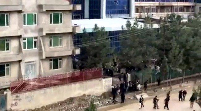 Kabil'de düğün salonu girişinde intihar saldırısı