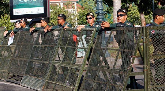Kamboçya'da Başbakan istedi, ana muhalefet partisi kapatıldı
