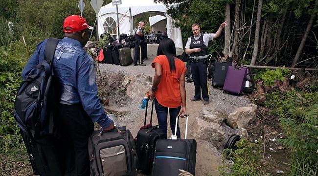631 Türk Kanada'ya Yürüyerek Geçmiş