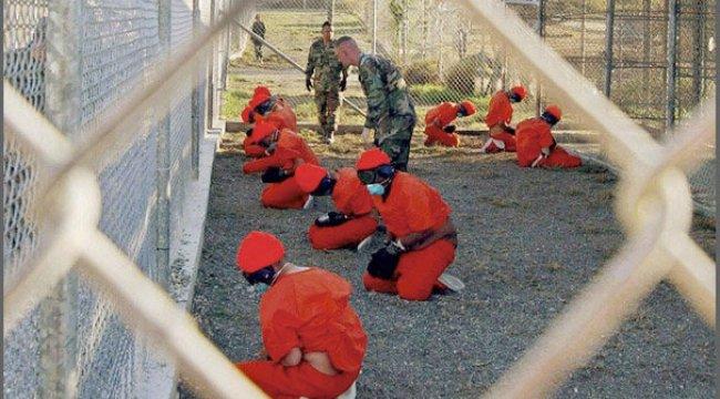 ABD'den Guantanamo'ya tarihi ziyaret