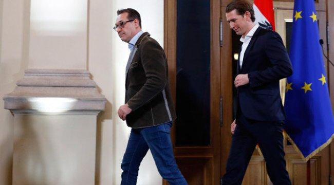 Avusturya'da aşırı sağcılar hükümete girdi