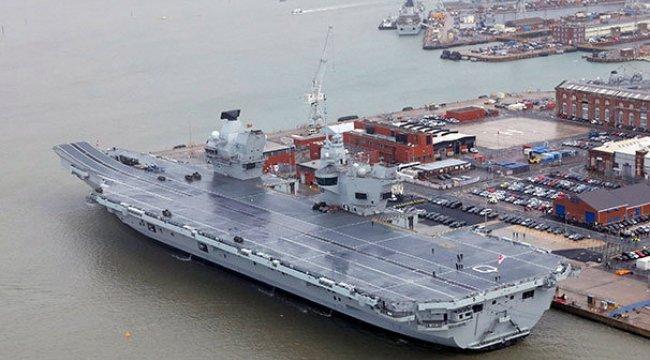 İngiltere'nin yeni uçak gemisi su alıyor!