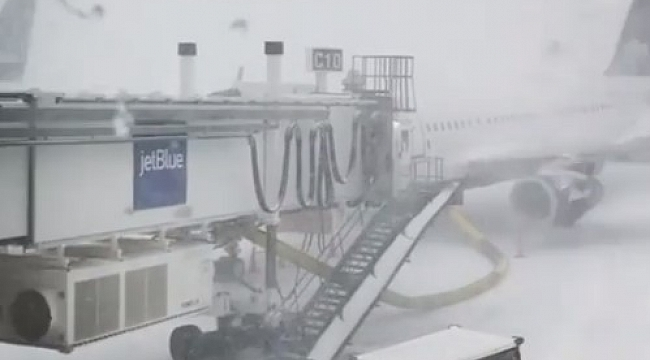 JetBlue plane skids off taxiway n Boston