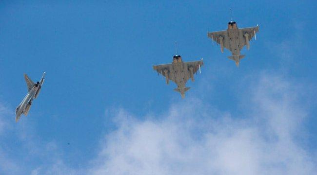 Katar bu kez de İngiltere'den 24 savaş uçağı satın aldı!