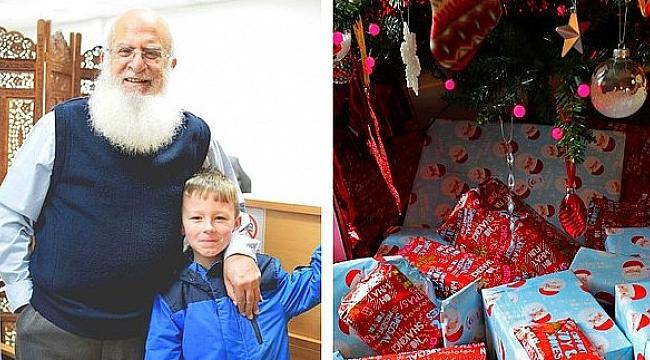 Müslüman Dedeyi Noel Baba Sanınca...