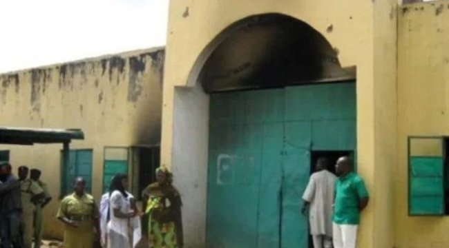 Nijerya'da 47 mahkum hapishaneden firar etti