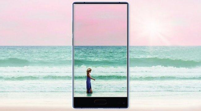 Panasonic'ten 3 tarafı çerçevesiz telefon geliyor: Eluga C