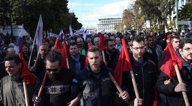 Yunanistan'da grev hayatı felç etti!