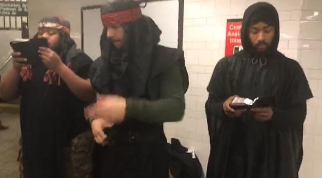 Afrikalı Yahudiler Kendilerini Metro'da Anlatıyor