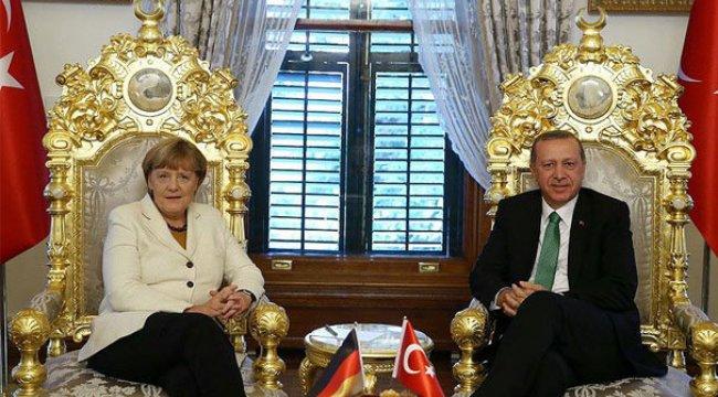 Çavuşoğlu: Erdoğan Merkel'i davet edecek