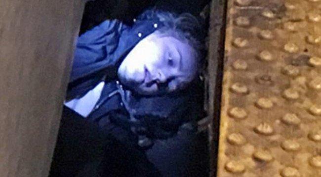 Metro yaklaşırken düştü, New York dehşeti yaşadı!