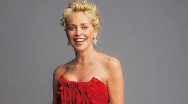 Sharon Stone parmak ısırttı