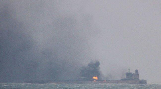 Yanan tankerde patlama oldu!