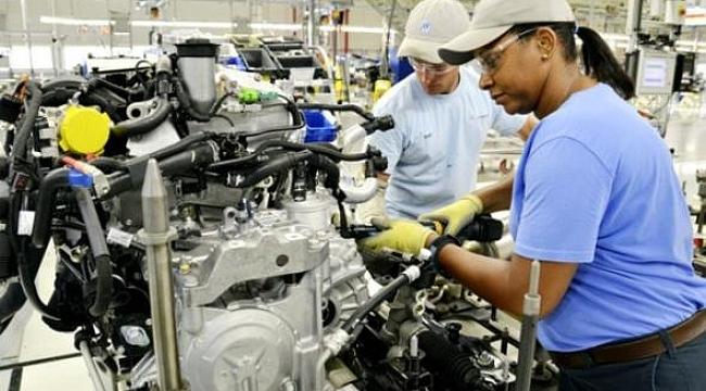 ABD'de Üretim Düştü