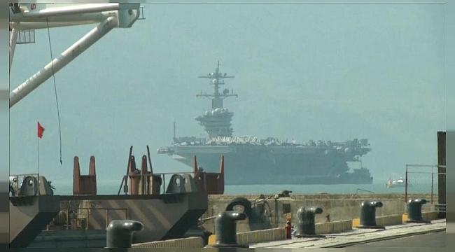 ABD Savaş Gemisi Vietnam Limanında