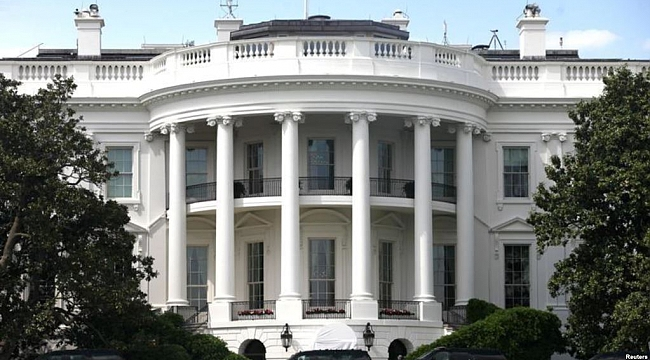 Beyaz Saray Önünde Silah Sesleri