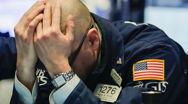 Dow tumbles more than 400 points amid Trump tariff crackdown