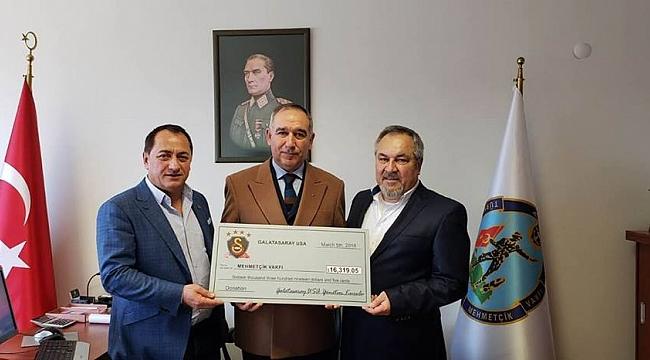 Galatasaray USA Bağış Çekini Teslim Etti