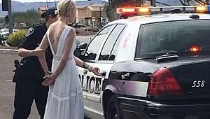 Gelinlikle Gözaltına alındı