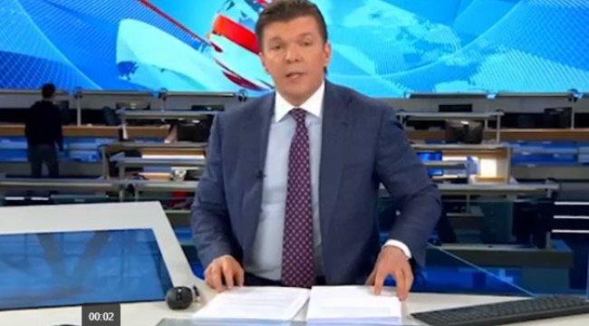 Rus TV spikeri, haberi 'vatana ihanet' olarak verdi