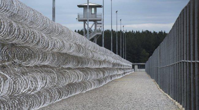 ABD'de cezaevinde kavga: 7 ölü