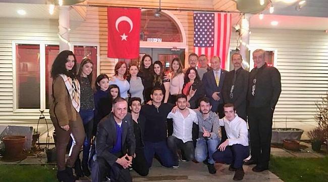 Amerikalı Atatürkçüler'den Türk Gecesinde