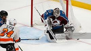 Andrew Hammond gets Game 5 start as Avs goalie