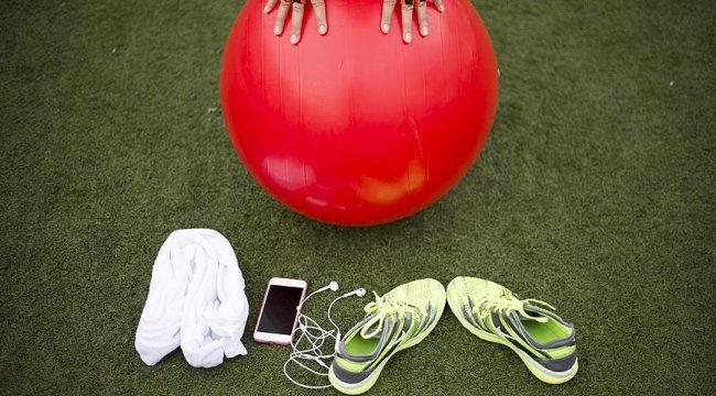 Bel fıtığında istirahat yerine egzersiz önerisi