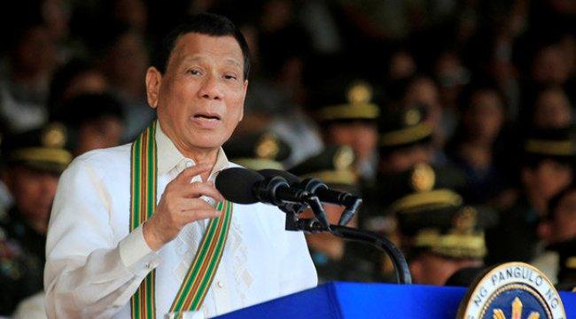Duterte'nin yine ağzından çıkanı kulağı duymadı! 'O.... çocuğu, boş kafa...'
