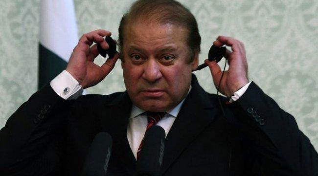 Eski Pakistan Başbakanı ömür boyu siyasetten men edildi
