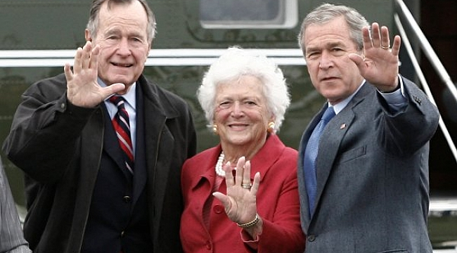 George Bush'un eşi Barbara Bush öldü