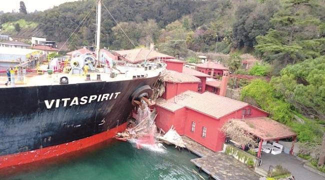 İstanbul'da Yalıya Gemi Çarpma Anı