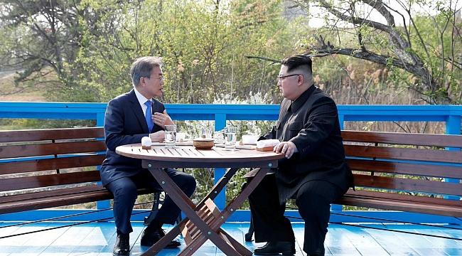 Kore Adasında Tarihi Zirve