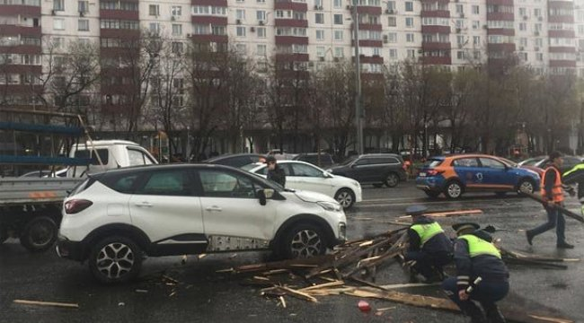 Moskova bu hale geldi! 1 kişi hayatını kaybetti