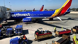 Southwest passenger 'did what any registered nurse would do' in attempt to save woman who later died